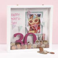 Geld cadeau geven in gedecoreerde 3D lijst