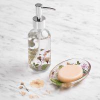 Versier een zeepbakje en zeepdispenser met gedroogde bloemen